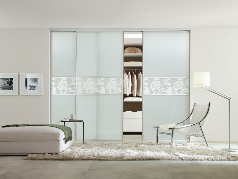 In out Fly Sliding Closet Doors